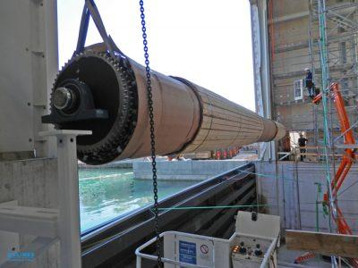 Solines-liefert-Rohre-für-Rolltore